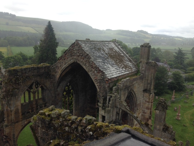 Melrose Abbey 02
